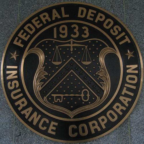 مؤسسة التأمين على الودائع الفيدرالية تعتمد لوائح جديدة لتسهيل بيع البنوك الأمريكية المتعثرة