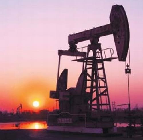 أسعار النفط تكسر مستوى الـ 70 دولار للبرميل
