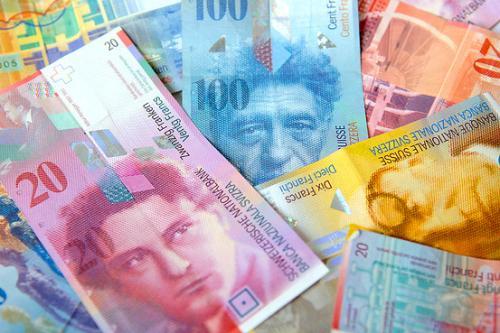 اليورو والفرنك نجما حفل الصعود مقابل الدولار الأمريكي والخميس القادم نقطة فاصلة للفرنك