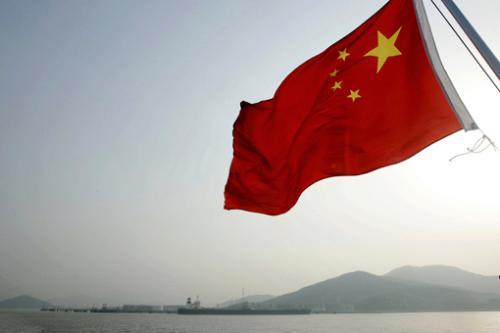 اليورو يتعلق بأجنحة التنين الصيني ويحافظ على الارتفاع الأكبر في 19 شهر