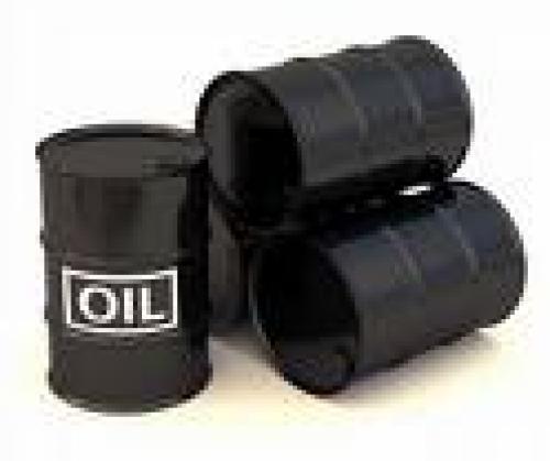مخزونات النفط الأمريكية تدفع بالنفط إلى أسفل