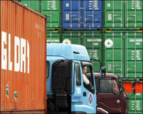 عودة الصادرات اليابانية إلى النمو من جديد في ديسمبر