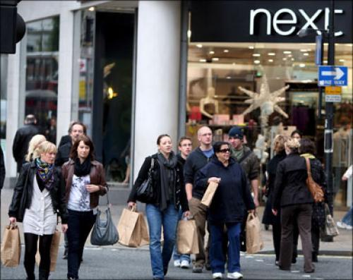 ارتفاع ثقة المستهلك الأمريكي إلى أعلى مستوى منذ يناير 2008