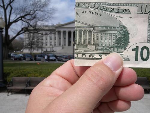 هبوط سندات الخزانة الأمريكية قبل صدور بيانات مبيعات المنازل المعلقة