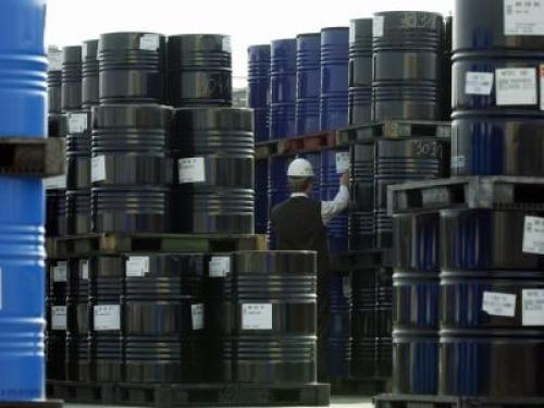 حالة من الترقب لأسعار النفط بعد هبوطه الأول منذ مايو
