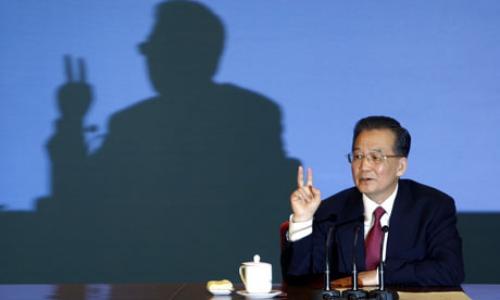 رئيس وزراء الصين ورسالة غير مباشرة إلى الفيدرالي