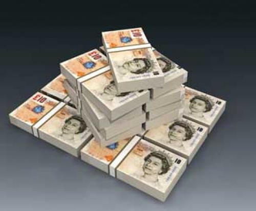 الإسترليني يخترق حاجز 1.6000 في أعقاب قرار الفائدة البريطانية