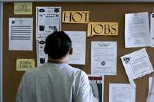 ارتفاع إعانات البطالة لم يزعج أسواق المال كثيرًا