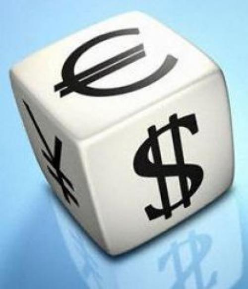 هبوط الدولار وارتفاع اليورو قبل قرار الفائدة الأوربي