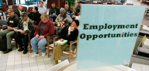 ارتفاع التوظيف بالقطاع غير الزراعي الأمريكي ولكن..
