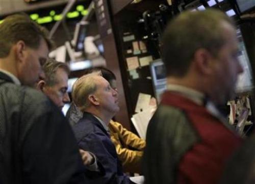 تفاؤل في أسواق الأسهم: العقود الآجلة للأسهم الأمريكية ترتفع قبيل إعانات البطالة