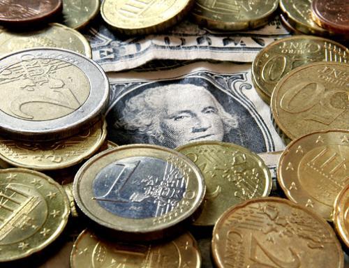 زوج (اليورو/ دولار) يرتفع خلال ساعات التداول الأوروبية