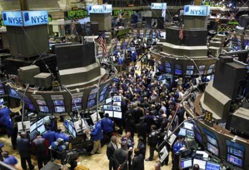 أسواق الأسهم تستقر عقب تراجعها الحاد