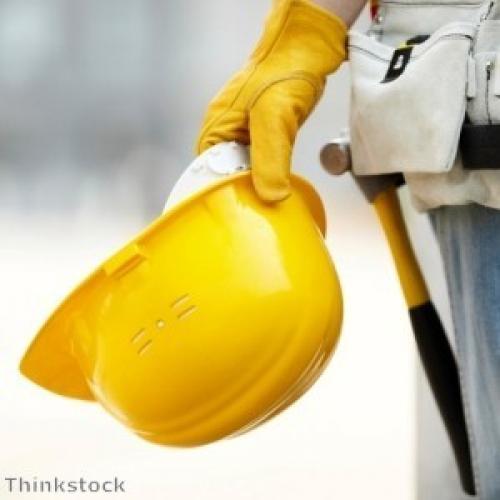 مؤشر PMI للبناء البريطاني يتراجع على نحو طفيف