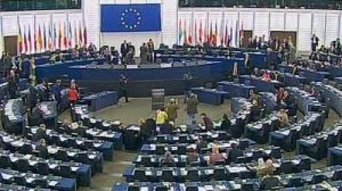 الآمال تنعقد على تمويل خطط الإنقاذ من خلال القمة الأوروبية