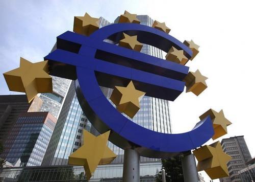 اليورو يتراجع دون المستوى 1.30 عقب بيان البنك المركزي الأوروبي