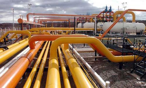 تراجع أسعار الغاز الطبيعي نظرًا لارتفاع المخزونات