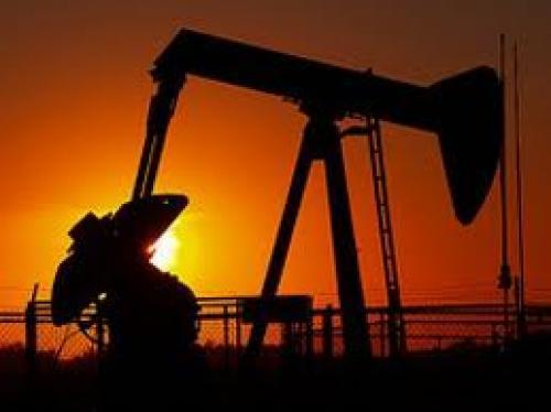 أسعار النفط تهبط عقب بيانات مخزونات النفط الخام