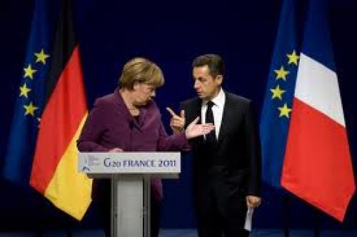 ميركل وساركوزي يناقشا قواعد اتفاق مالي أوروبي