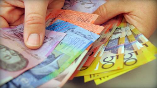 زوج (الأسترالي/ دولار) يبتعد عن أدنى مستوياته عتد 1.0546