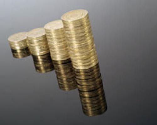 تباين التداولات على الإسترليني أمام العملات الرئيسة الأخرى
