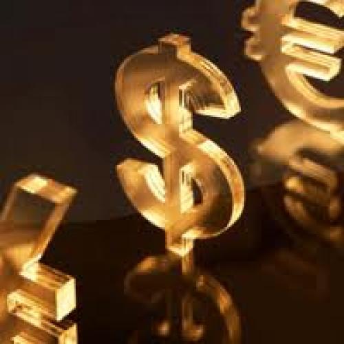 استقرار العقود الآجلة للذهب بالقرب من أعلى مستوى على مدار ثلاثة أسابيع