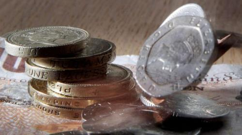 صافي إقتراض القطاع العام البريطاني يسجل 10.7 مليار