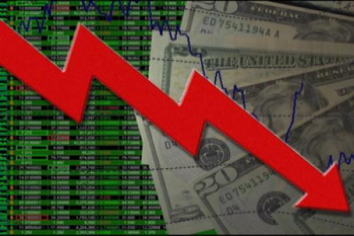 أسهم العقود الآجلة تتراجع قبيل مباحثات الحاوية المالية