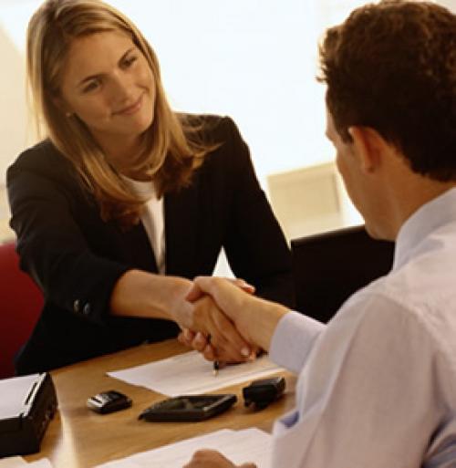 معدل التوظيف السويسري يرتفع إلى 4.122 في الربع الثالث