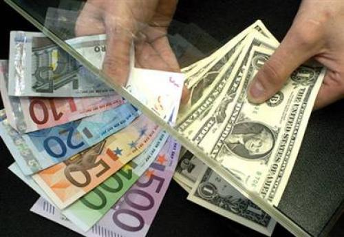 تراجع الزوج (يورو / دولار أمريكي) إلى أدنى مستوياته على مدار 3 أيام