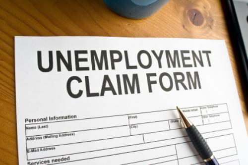 إعانات البطالة الأمريكية تتراجع لتصل إلى 350,000