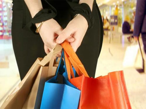 تراجع القراءة الأولية لثقة المستهلك بالولايات المتحدة