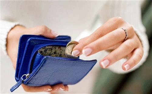 الإنفاق الشخصي يطابق التوقعات