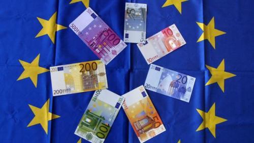 مؤشر إقراض القطاع الخاص بمنطقة اليورو يسجل -2.2%