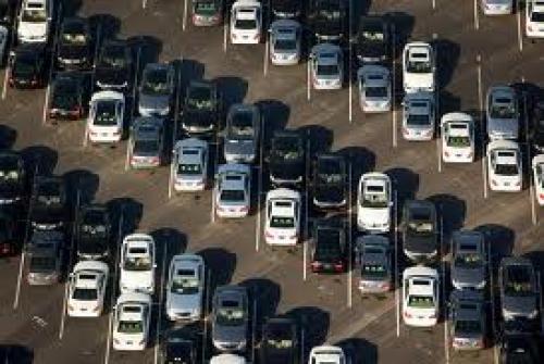 إجمالي مبيعات السيارات تتراجع
