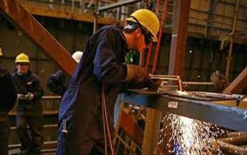 تراجع الإنتاج الصناعي الفرنسي بنسبة -0.7%