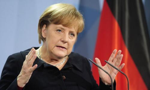 ميركل: ألمانيا تدعم اليورو