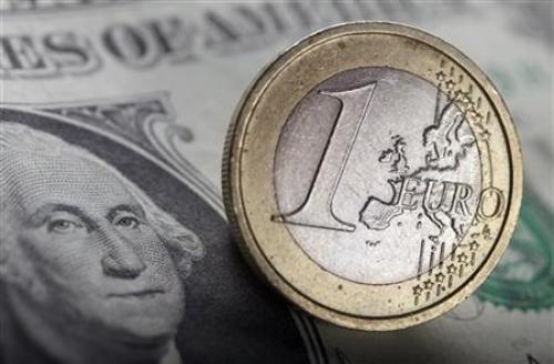 اليورو دولار يتراجع والأنظار تتجه صوب بيانات أسعار المستهلكين