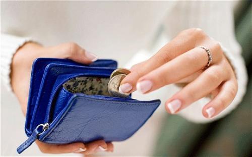 الإنفاق الشخصي الأمريكي يسجل ارتفاعًا طفيفًا