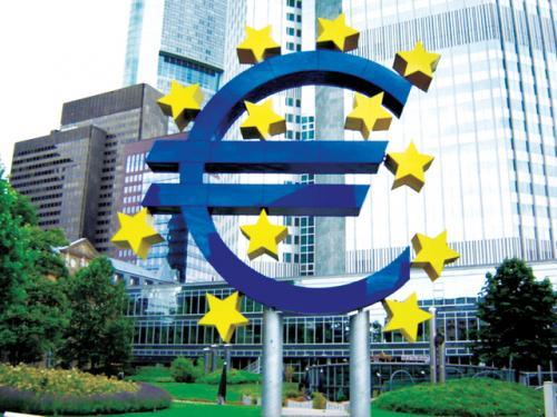 المركزي الأوروبي يعرف بورقة نقدية جديدة يصدرها في سبتمبر