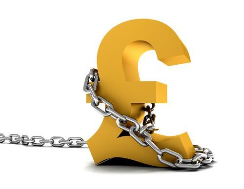 تراجع بيانات الأجور تحد من تعافي الاقتصاد البريطاني