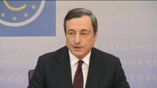 """اليورو يسجل أدنى مستوياته متأثرًا بتعليقات """"دراجي"""""""