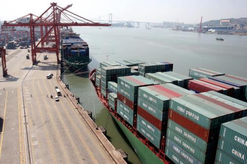 تراجع الصادرات يؤثر على الميزان التجاري النيوزيلندي