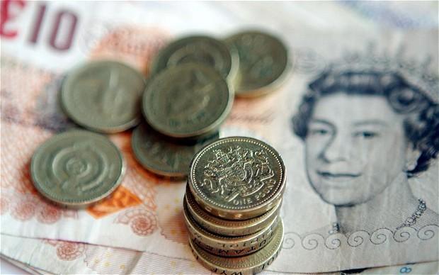 صافي إقتراض القطاع العام البريطاني أسوأ من التوقعات عند 7.5 مليار