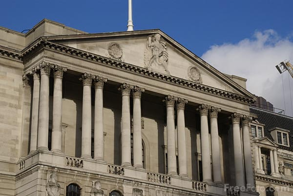الضغوط الانكماشية تحد من قوة الاقتصاد البريطاني