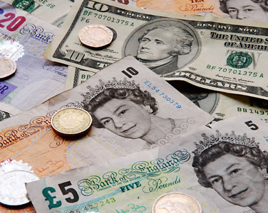 الاسترليني يتراجع أمام باقي العملات فور صدور بيانات التجزئة