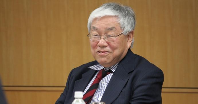 هامادا: تعمل توقعات السوق برفع الفائدة الأمريكية على ضعف قيمة الين الياباني