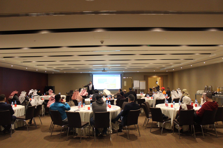 ورشة عمل دورة منهجية  التداول في الأسواق المالية بالكويت مع أمانة كابيتال