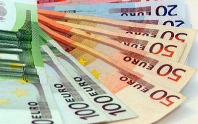 مؤشر إنفاق المستهلكين الفرنسي يفوق التوقعات