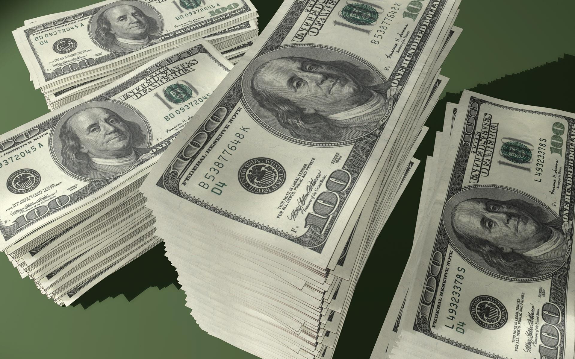 الدولار يسجل ارتفاعاً عقب ظهور البيانات